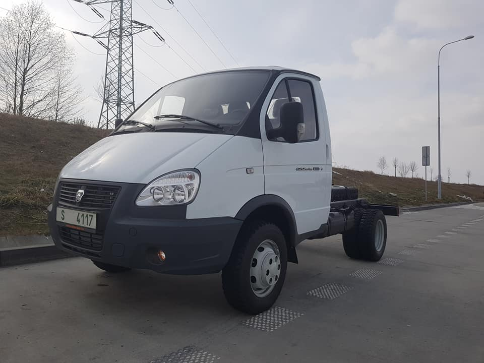 GAZ - 33027 GAZelle 4x4 pro PET group a.s.